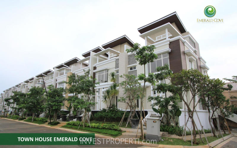 Townhouse Emerald Cove