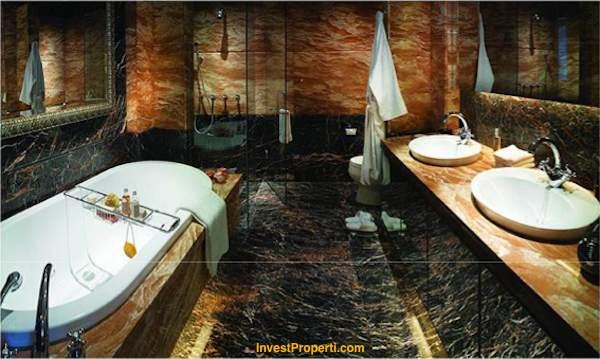 Master Bathroom Regatta Pantai Mutiara Apartment