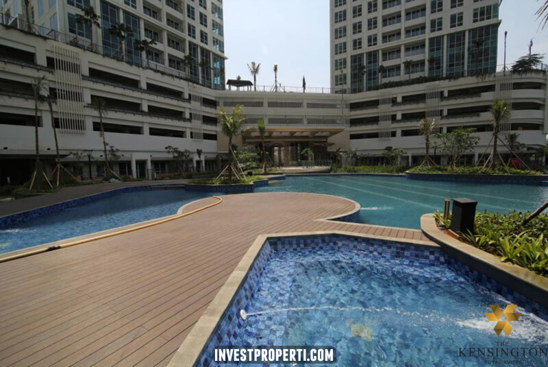 Foto Pool Apartemen Kensinton Royal Suites
