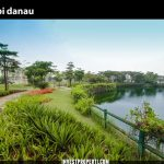 Tepi Danau Grisea The Springs
