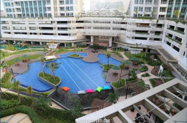 Swimming Pool Kensington Kelapa Gading